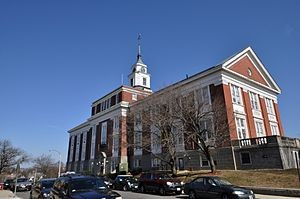 300px-Somerville_City_Hall